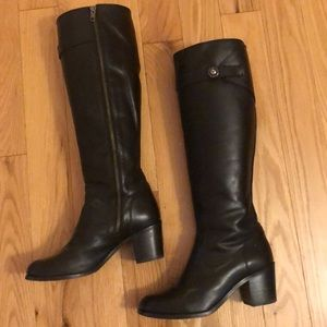 Frye Mallory Button Black Leather boots